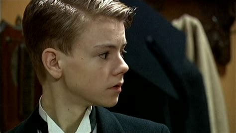 Picture Thomas Sangster Doctor Who Episode The