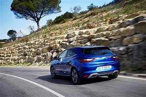 Argus Automobile Renault : renault m gane gt 2016 prix quipements fiche technique photo 18 l 39 argus ~ Gottalentnigeria.com Avis de Voitures