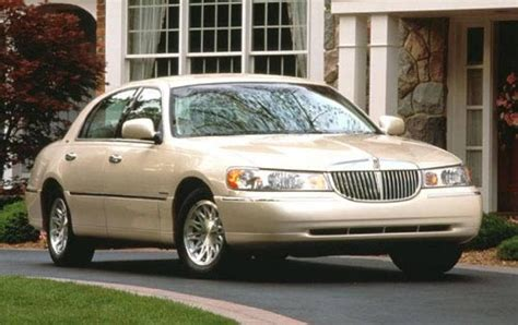 Town Car by 1999 Lincoln Town Car Information And Photos Zomb Drive