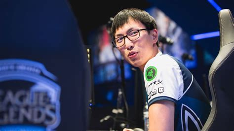 sources team liquid  sign doublelift  olleh