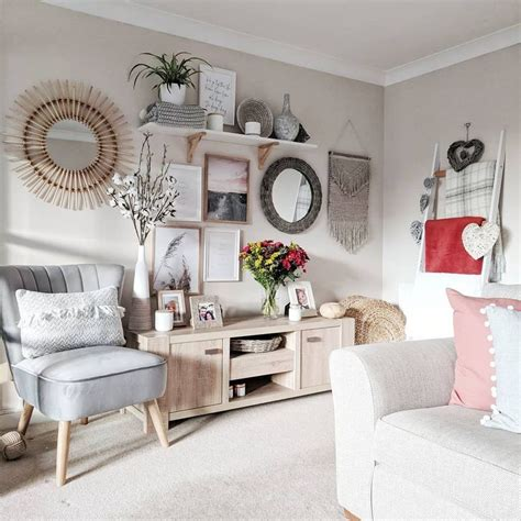 Find inspiration in these gorgeous bohemian decor ideas for bedrooms, living rooms, and more. Scandi boho design gallery wall inspiration. Gallery walls ...
