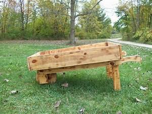 Build Wood Wheelbarrow Planters DIY PDF japanese platform