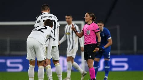 Nova era! Duelo entre Juventus e Dínamo de Kiev marcou ...