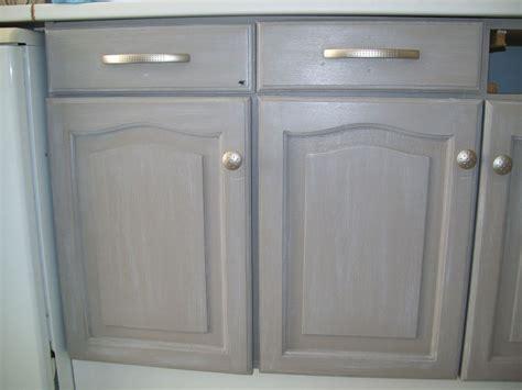repeindre des meubles de cuisine en bois table rabattable cuisine peindre des meubles de