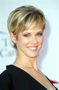 coupe cheveux fins femme 50 ans coiffure courte cheveux fins femme 50 ans