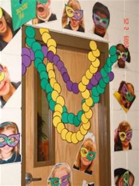 bulletin board ideas using student crafts