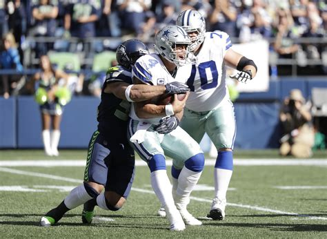 cowboys dak prescott seeks st playoff win  russell