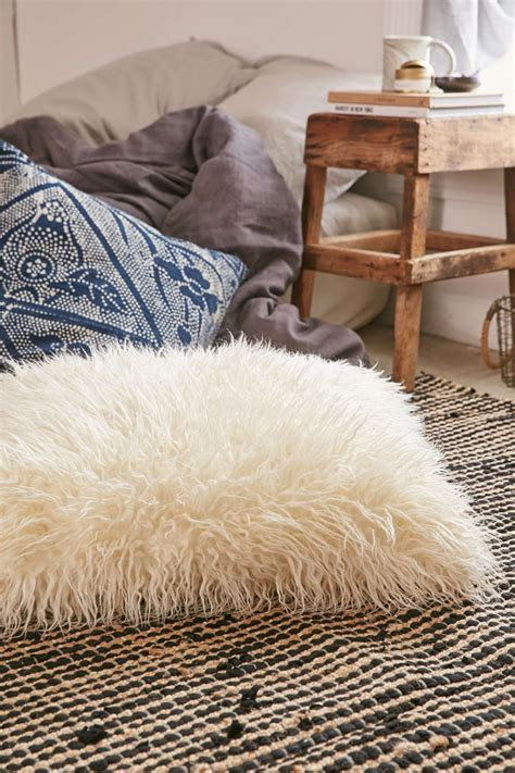 faux fur pillow high end bar stools and other fall trends