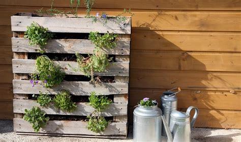 créer canapé en ligne comment fabriquer salon de jardin en palettes en bois
