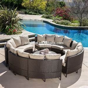 Lounge Sofa Outdoor : 8 seaters circled patio furniture with cocktail table rattan outdoor round sofa bed buy round ~ Frokenaadalensverden.com Haus und Dekorationen