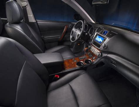 toyota highlander hybrid limited interior
