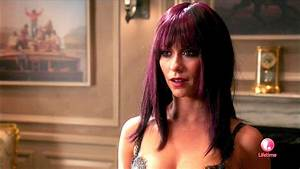 Jennifer Love Hewitt in The Client List Season 2 Episode 7 ...