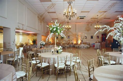 chiavari chair rental for weddings and in ar and