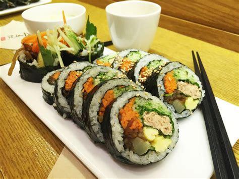cuisine sushi food basics kimbap sushi roll 김밥
