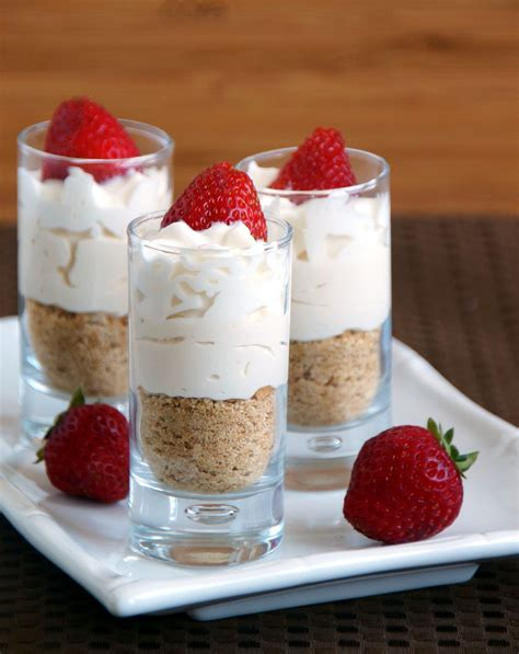 It is slightly larger than the original and it's motor is 40% more powerful! Mini No-Bake Strawberry Cheesecakes | Dessert bullet recipes, Magic bullet recipes, Baked ...