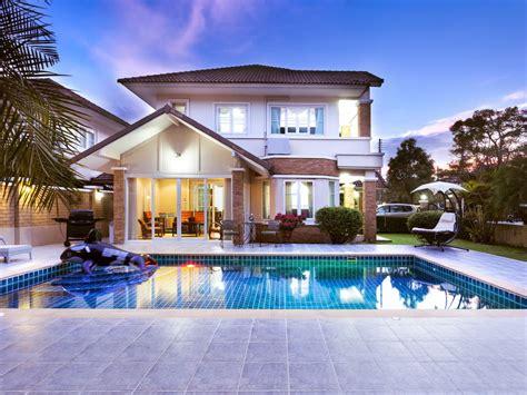 luxurycardriver private swimming pool maid service