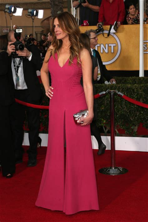 51 years, 51 year old femalesalso known as: Julia Roberts Jumpsuit - Julia Roberts Looks - StyleBistro