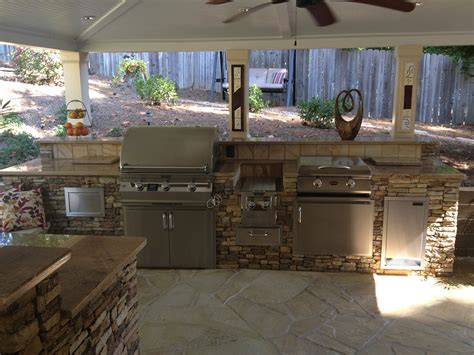 outdoor kitchens natural stone outdoor kitchens stone