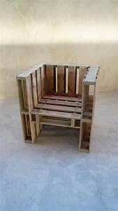 Stuhl Aus Paletten : diy bau dir deinen eigenen stuhl aus europaletten balkon stuhl paletten diy sitzen ~ Whattoseeinmadrid.com Haus und Dekorationen