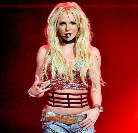 Britney Spears Slams Lip-synching Claims On Piece Of Me Tour