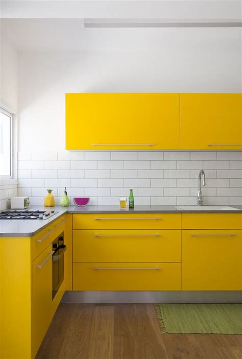 yellow tiles kitchen 27 yellow kitchen decor ideas to raise your mood digsdigs 1224