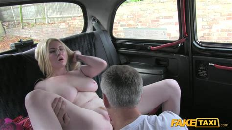 Blonde Bared In A Taxi And Big Tits Fucked With A Driver