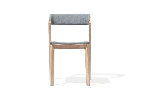 chaise pour chaise merano en cuir by alex gufler pour ton par 6