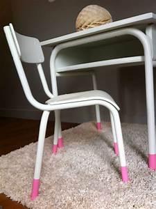 Chaise Enfant Vintage : bureau et petite chaise enfant vintage des id es douces ~ Teatrodelosmanantiales.com Idées de Décoration