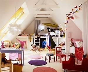 Kinderzimmer Einrichten Ideen : tolle dachgeschoss einrichten bunte kinderzimmer zum neutral inspirationen schlafzimmer ideen ~ Markanthonyermac.com Haus und Dekorationen