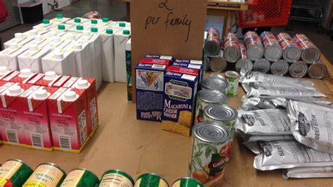 fish food pantry fish food pantry receives 102 000 lbs of food donations