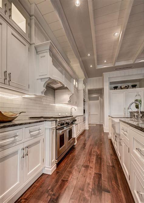walnut floor kitchen best 20 walnut floors ideas on 3339