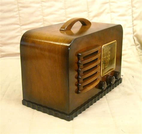 Quality Antique Radios Antique Radio Sales, Auctions ...