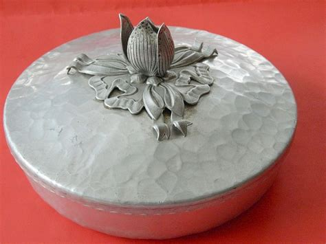 b smith lazy susan with serving bowls 98 best images about hammered aluminum on