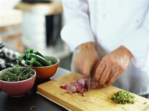 comis de cuisine restaurant chef secrets revealed how to prep and cook