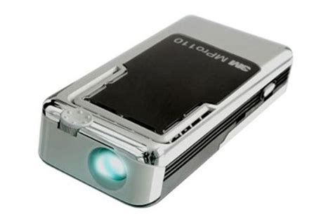 3M Micro Professional Projector MPro110 - Pictures | IT PRO