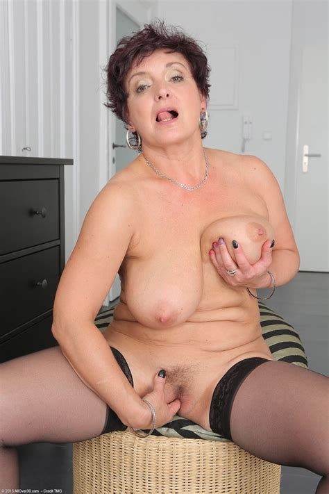 Archive Of Old Women Older Women Porn Photos