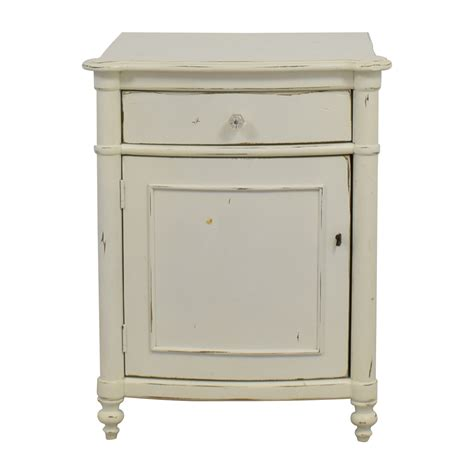 White Distressed Nightstand 75 pottery barn pottery barn white distressed