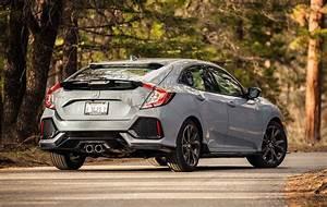 Honda Civic Sport Plus : 2017 honda civic hatchback sport first test motor trend ~ Medecine-chirurgie-esthetiques.com Avis de Voitures