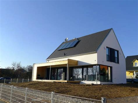 Moderne Häuser Satteldach Bilder by Moderne Hauser Mit Satteldach Ideen Design Bilder Houzz