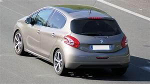 Rappel Constructeur Peugeot 208 : dtails des moteurs peugeot 208 2012 consommation et avis 1 0 vti 68 ch 1 2 puretech 68 ch ~ Maxctalentgroup.com Avis de Voitures