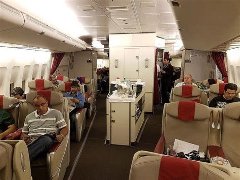 review royal air maroc business class b747 400 montreal to casablanca samchui