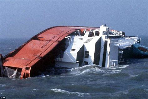 Survivors relive Zeebrugge ferry disaster 30 years later Daily Mail