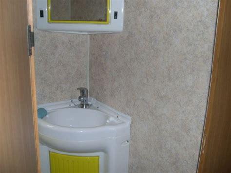 rifacimento vasca da bagno rivestimento pareti bagno cer con bagno resina nocciola