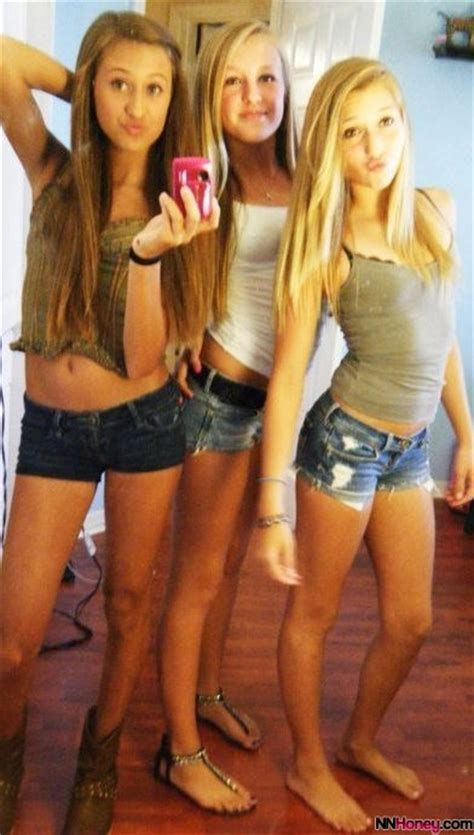 Nn Teen Group Selfie Nn Honey