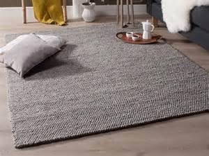 nettoyer tapis en nettoyer un tapis en photos de conception de maison agaroth