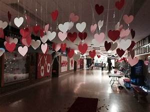 Valentines day dance entrance. | Decorating ideas for high ...