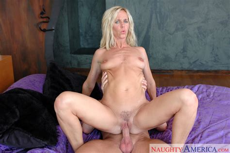 Totally Tabitha And Tj Cummings In Diary Of A Milf Naughty