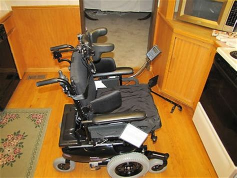 pronto r2 power chair invacare pronto r2 electric power motorized wheelchair w
