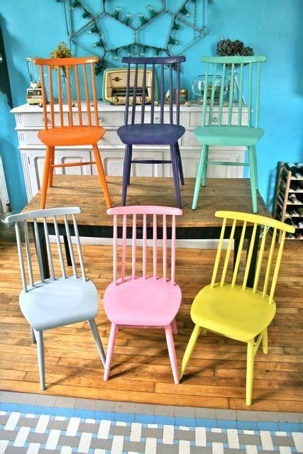 chaises scandinaves colorées inspiration chaises et