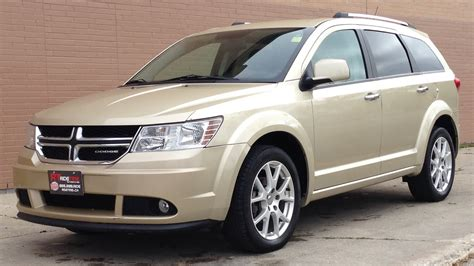 2011 Dodge Journey R/T   Heated Seats, Leather Interior